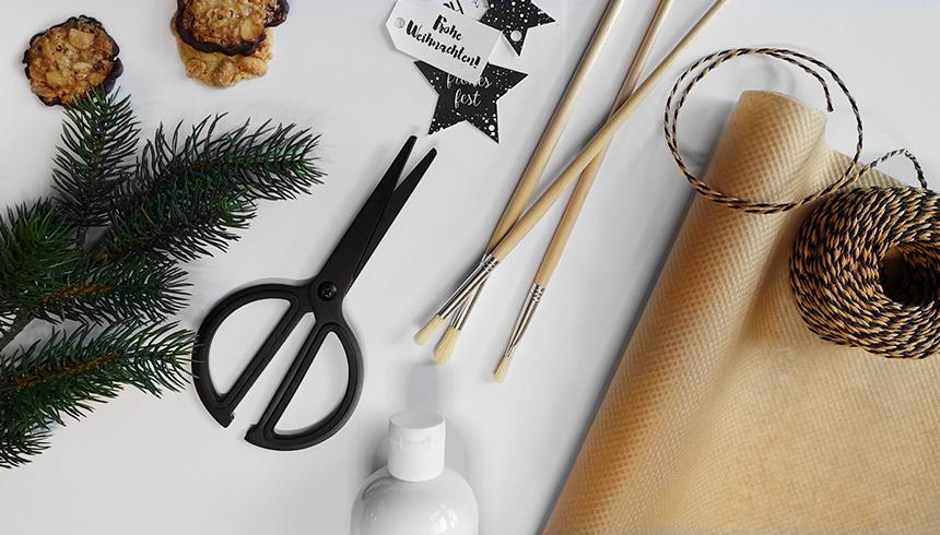Bakpapier om cadeautjes in te pakken en ander knutselgerei